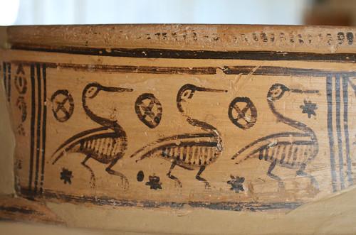 Argive Late Geometric monumental globular pyxis (detail 3: water birds on rim)