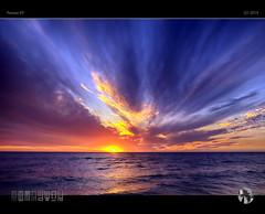 Peek-a-boo XXVII (tomraven) Tags: sunset sky clouds sun cloud rays ocean sea coast water seascape skyscape cloudage tomraven aravenimage q12019 pentax kp