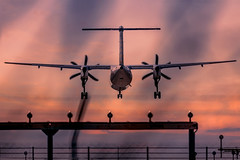 poco a poco voy bajando (Frank Dohle) Tags: artwork composing frankdohle landscape sony sonya9 ilovemywork aperture exposure time photoshop sonyimages sonyphotography sonymirrorless sonyphotogallery airplane calmdown landing