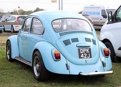 DPK 42J (Nivek.Old.Gold) Tags: 1970 volkswagen beetle 1300 1584cc