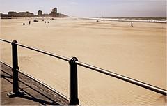 La plage d'Ostende, Belgium (claude lina) Tags: claudelina belgium belgique belgië ostende mer sea plage beach merdunord noordzee sable cabine