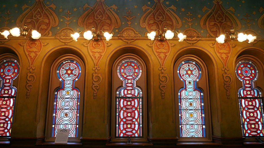 The World's Best Photos of romanesque and synagogue - Flickr Hive Mind