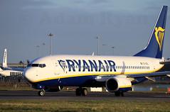 EI-GXL - Ryanair B737-800 (✈ Adam_Ryan ✈) Tags: dub eidw dublinairport 2019 dublinairport2019 airbusboeing sunrise early earlymorning departure sun golden light eigxl ryanair b737 b737800 b737800as
