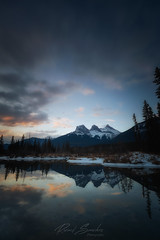 Faith, Charity and Hope (Ricard Sánchez Gadea) Tags: canmore alberta canadá ca thethreesisters banffnationalpark reflejos reflexes reflection muntanya montañas canon canonistas 6d 6deos 6dcanon eos6d canon6d canoneos6d 1635 1635mm canon1635 canonef1635mmf28liiusm canonef1635mmf28lii river riu rio water aigua agua sunrise amanecer albada sortidadesol rockies canadianrockies landscape panoramica panoramic lightroom