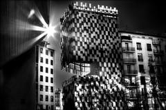 Le soleil à travers l'art contemporain / The sun through contemporary art (vedebe) Tags: marseile soleil rayons monument architecture noiretblanc netb nb bw monochrome ville city rue street urbain urban