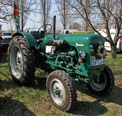 Famulus RS 14/36 (Schwanzus_Longus) Tags: stasfurt german germany old classic vintage tractor farm farming machine vehicle traktor east ddr gdr sn schlepperwerk nordhausen famulus rs 16 36