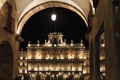 Salamanca (jc.mendo) Tags: jcmendo canon 7d 35mm salamanca españa spain plazamayor plaza nocturna noche night ayuntamiento