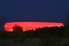 Munich - UFO in the Heath (cnmark) Tags: deutschland bayern münchen germany bavaria munich fröttmaningerheide fröttmaning football soccer stadium fusballstadion allianz arena architecture architektur building gebäude night nacht nachtaufnahme blue hour blaue stunde heath heide landscape landschaft panzerwiese ©allrightsreserved
