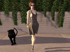 Entrance no.360 (Curiosse) Tags: short dress animal print hairstyle bow black gray beautiful sensual classic 2019 luxeparis january