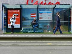 Maak een selfie »» [in Oostenrijk] (JoséDay) Tags: bushalte tramhalte haltestelle makeaselfie oostenrijk österreich republikösterreich republicofaustria affiche reclame casino reddetails nikoncoolpixp500 nikoncoolpix coolpixp500 thehague thenetherlands denhaag nederlandstaligvriendenforum