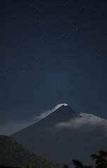Mount Mayon from balcony of hotel Venezia! (Tom Helleboe) Tags: volcano philippines legazpi