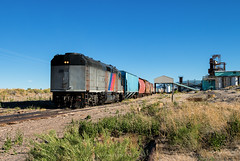 So Weird... (Wheelnrail) Tags: san luis rio grande train trains njt new jersey transit emd gp40fh2 locomotive railroad rail road rails freight antonito colorado co switching industry western