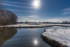 Winters day on the River Thames (gopper) Tags: winter river snow gloucestershire 2019 nikon d810 flickr ngc lechlade cold clear crisp view landscape scenery scenic sunny amazing riverthames thames swindon wiltshire border 24mm serene tree cloud sun blue fflickr reflection reflections drive work sunshine uk british autumn 2018 sky water jan january sigma