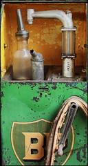 Oil for the engine (Logris) Tags: decay abandoned alt old oil öl tankstelle vintage nostalgie nostalgia canon