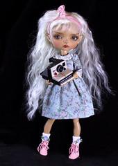 Bonny (bentwhisker) Tags: 6101 doll bjd resin maskcat gladys polaroid
