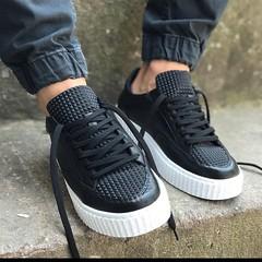 Стиль для мужчин. www.goodlookstore.com #мужскаяобувь #обувь #мода #стиль #лук #настиле #shoes #mensshoes #look #goodlookstore (goodlook man) Tags: мужскаяобувь обувь мода стиль лук настиле shoes mensshoes look goodlookstore