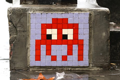 Paris 3ème (PA_501) (Meteorry) Tags: europe france idf îledefrance paris spaceinvader spaceinvaders invader invaderwashere tiles carrelage carreaux mur wall street rue art artderue pixels pa501 reactivated reactivation grey gris red rouge rain wet boulevarddutemple december 2018 meteorry