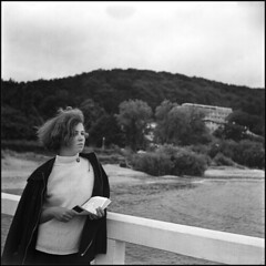 *** (Czesław Wojtkowski) Tags: certo c6 certosix foldingcamera mediumformat rangefinder 120 rollfilm monochrome blackandwhite bw female portrait square 6x6 tessar