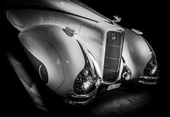 RETRO (Dave GRR) Tags: retro vintage classic car toronto auto show 2019 monochrome mono chrome grill bw olympus