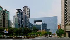 台中市議會大樓 Taichung City Council Building (葉 正道 Ben(busy)) Tags: architectural 建築 taichung taiwan 台中 台灣 city landscape 城市 景觀