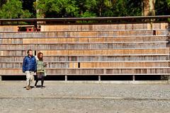 At the Nikkō Tōshō-gū Shrine (nigel@hornchurch) Tags: nikko tochigi japan nikkōtōshōgū dsc0381
