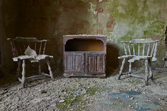 tellMeStories (tobias-eger) Tags: urbex chais decay wrecked abandon