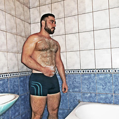 Spartacus (266) (@the.damned.spartacus) Tags: male hunk muscle beard monkey gorilla hairy hairyness bear daddy chest big gym bulge