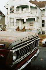 Portland (Travis Estell) Tags: oregon portland portra160 thedarkroomlab 35mmfilm portlandonfilm oregononfilm canonae1 kodakportra160 unitedstates