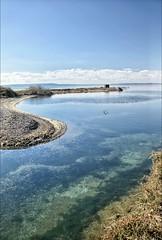 Marcher vers l'horizon (Charlottess) Tags: paca nikon5300 février berrel'étang étang bouchesdurhône