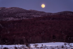 (C.H.Diegel Photography) Tags: greenmountains greenmountainstate moon moonrise jeffersonvillevermont vermont newengland