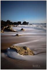 VieNen y vaN (Miguel Cádiz) Tags: andalusia andalousie アンダルシア andalusien الأندلس andalusie 안달루시아 playasdecádiz cádiz largaexposición longexposure conildelafrontera naturaleza nature