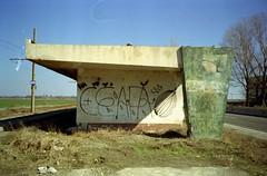 (Alexandru Paraschiv) Tags: canon sure shot prima mini kodak colorplus 200 expired tetenal graffiti braila combinat ceapa