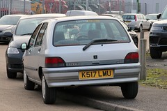 K517 LMU (Nivek.Old.Gold) Tags: 1992 renault clio rt 14 auto 5door renaultilford manorpark london e12