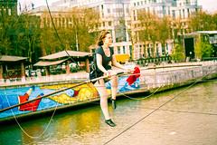 Bruxelles - Funambules au-dessus du canal 2016-04-09 (saigneurdeguerre) Tags: antonio ponte saigneurdeguerre canon eos 5d mark 3 iii europe europa belgique belgië belgien belgium belgica bruxelles brussel brüssel brussels bruxelas funambule canal 2016