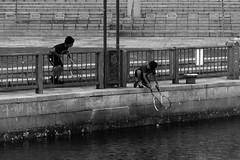 Friendship (Gip's) Tags: kyoto japan bw blackwhite water tennis