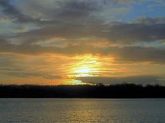 Rennes-Ille&Vilaine-Bretagne-Fr (P_Lubin_Q) Tags: groupenuagesetciel étang coucherdesoleil nuages bretagne crépuscule skyiscreative nature