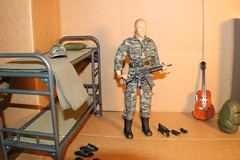 IMG_0150 (darqq_seraphim) Tags: barbie friends dolls military militaryactionfigure militaryplayset worldpeacekeepers 16scaleactionfigure 30pointsarticulation clicknplay