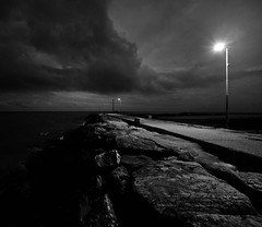 MAU_7399_014 (maurizio.s.) Tags: night sea bw blackandwhite light sunset outside seascape landscape martinsicuro winter storm abruzzo nikon nikkor sigma d700