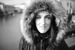 Woman (Sandro_Consigli) Tags: face portrait outfit winter eyes woman girl venice italy hat leicacamera leicaphotos leicamonochrom monochrom bw warm clothing