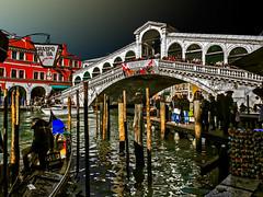 Venice -  Rialto Bridge (Marco Trovò) Tags: marcotrovò hdr venezia venice italia italy building edificio city città mare sea barca boat architetture architecture gondola pontedirialto rialtobridge
