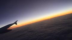 Flugzeug (kfarbmacher) Tags: flugzeug airplane sunrise sonnenuntergang clouds wolken horizont orange red yellow