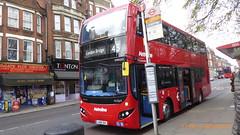 P1150503 VMH2557 LA68 DXL at Highgate Station Archway Road Highgate London (LJ61 GXN (was LK60 HPJ)) Tags: volvob5lhybrid mcv evoseti mcvevoseti 105m 10490mm metroline vmh2557 la68dxl nb962