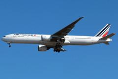 F-GSQC (jose_mendez23) Tags: jfk boeing b777 airfrance aviacion aviation