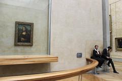 Chatice (bsupranzetti) Tags: france frança paris museedulouvre louvre louvremuseum selfie gioconda monalisa davinci security museum painting