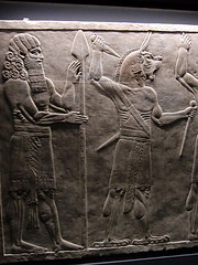 Figures on a Bas Relief, Ashurbanipal Exhibition, British Museum, 5th February 2019 (Phil Masters) Tags: britishmuseum museum 5thfebruary february2019 assyriansculpture london basrelief iamashurbanipalkingoftheworldkingofassyria iamashurbanipal kingoftheworld kingofassyria ashurbanipal assyria ashurbanipalexhibition