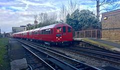 1938 tube stock passing through South Harrow 20/2/19 (P Way Owen) Tags: piccadilly underground london harrow south stock tube 38