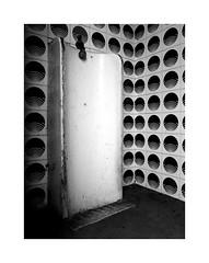 A pisser (Franco & Lia) Tags: pisser latrine toilet abandoned abandonment toilette bagno oldtrainstation vecchiastazioneferroviaria luras sardegna sardina biancoenero blackwhite noiretblanc schwarzundweiss