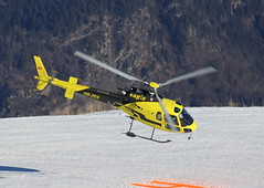 IMG_3157 (Tipps38) Tags: hélicoptère aviation photographie montagne alpes avion courchevel neige helicopter 2019 planespotting