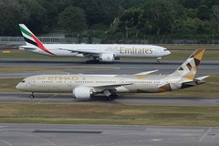 Etihad & Emirates (So Cal Metro) Tags: airline airliner airplane aircraft plane jet aviation airport singapore sin changi