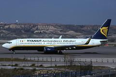 EI-CSZ (Ryanair - Arrivederci Alitalia !) (Steelhead 2010) Tags: ryanair alitalia boeing b737 b737800 mad eireg eicsz